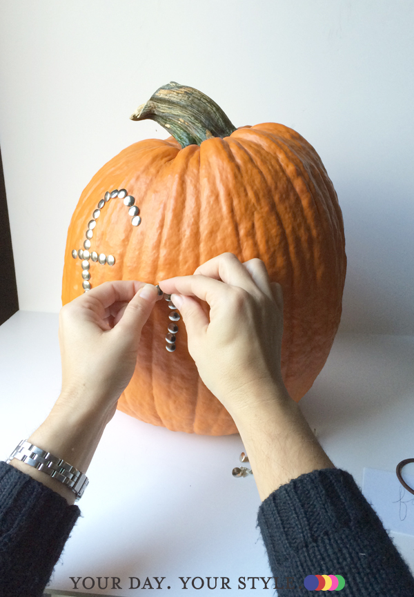 no mess pumpkin decorating with Your Day. Your Style.
