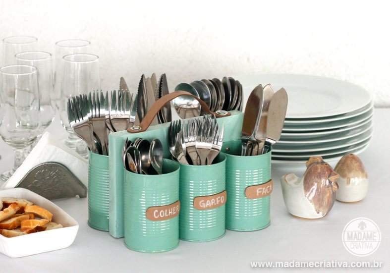 15 ways to organize with tin cans - Cutlery Organizer